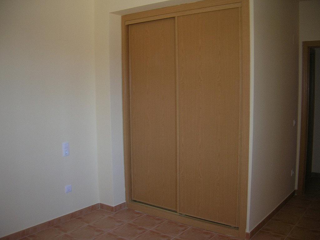 Dormitorio - Piso en alquiler en calle De Laestacion, Yuncler - 299274105
