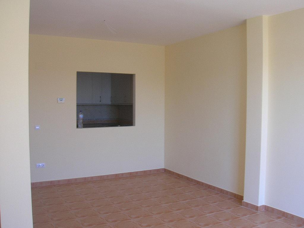 Salón - Piso en alquiler en calle De Laestacion, Yuncler - 299274113