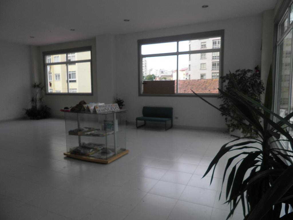 Local comercial en alquiler en calle Calvario, Calvario-Santa Rita-Casablanca en Vigo - 293129844