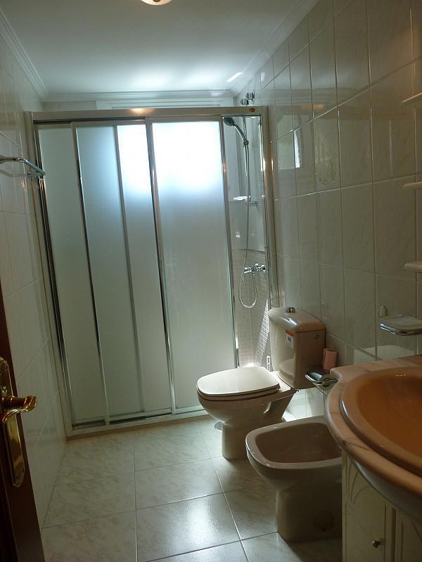 Piso en alquiler en calle Doctor Lago Olano, Calvario-Santa Rita-Casablanca en Vigo - 317595792