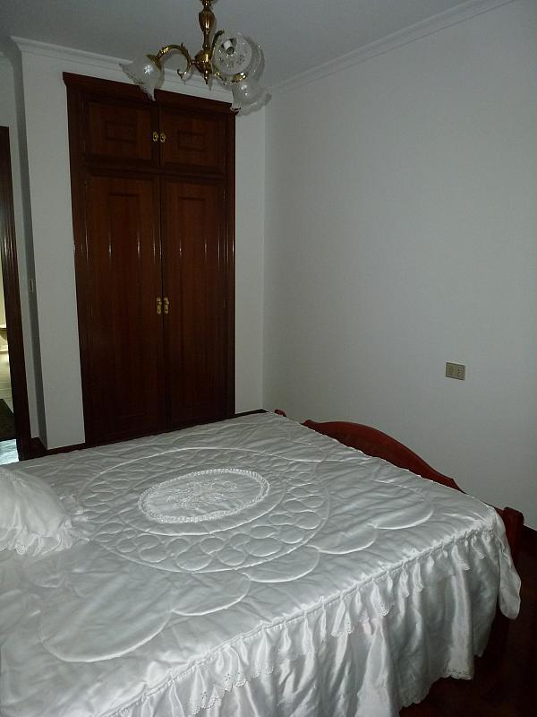 Piso en alquiler en calle Doctor Lago Olano, Calvario-Santa Rita-Casablanca en Vigo - 317595819