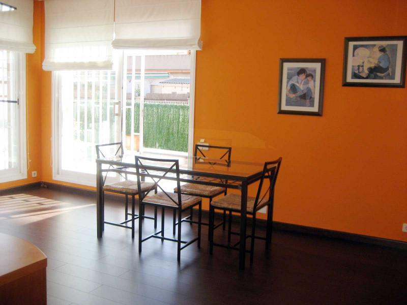Piso en alquiler en calle Llorens I Barba, El Baix Guinardó en Barcelona - 107707377