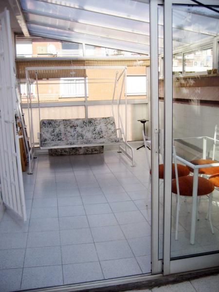 Piso en alquiler en calle Llorens I Barba, El Baix Guinardó en Barcelona - 107707385