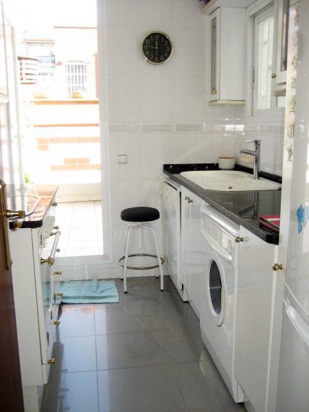 Piso en alquiler en calle Llorens I Barba, El Baix Guinardó en Barcelona - 107707386