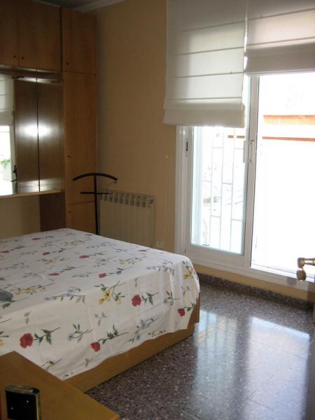 Piso en alquiler en calle Llorens I Barba, El Baix Guinardó en Barcelona - 107707388