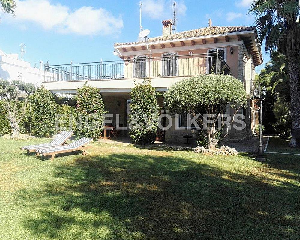 Casa en alquiler en Terramar en Sitges - 314211964