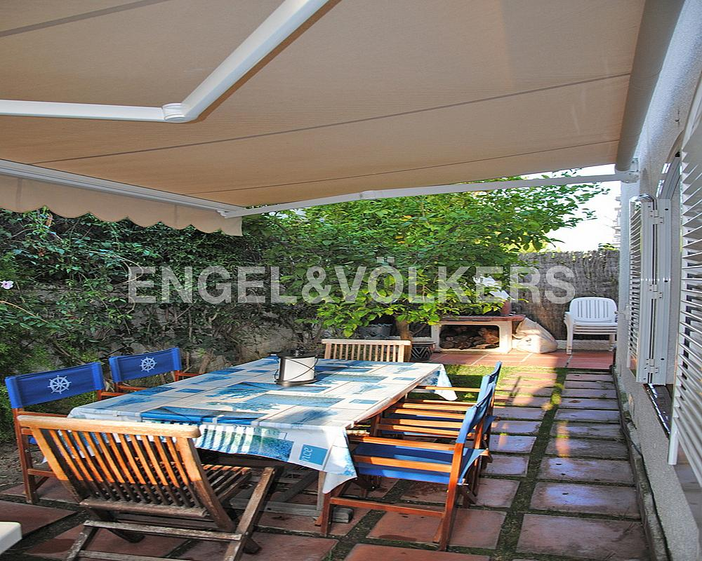 Casa adosada en alquiler en Vinyet en Sitges - 328073607