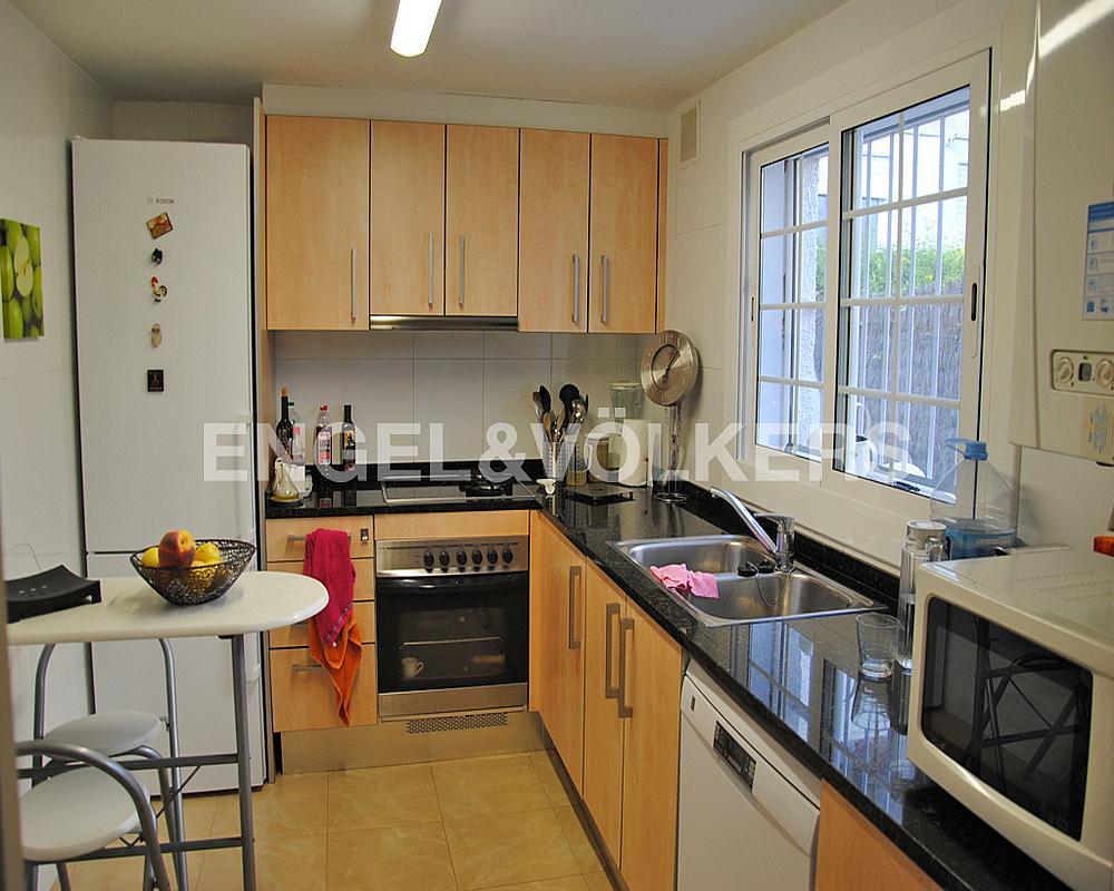 Casa adosada en alquiler en Vinyet en Sitges - 328073627