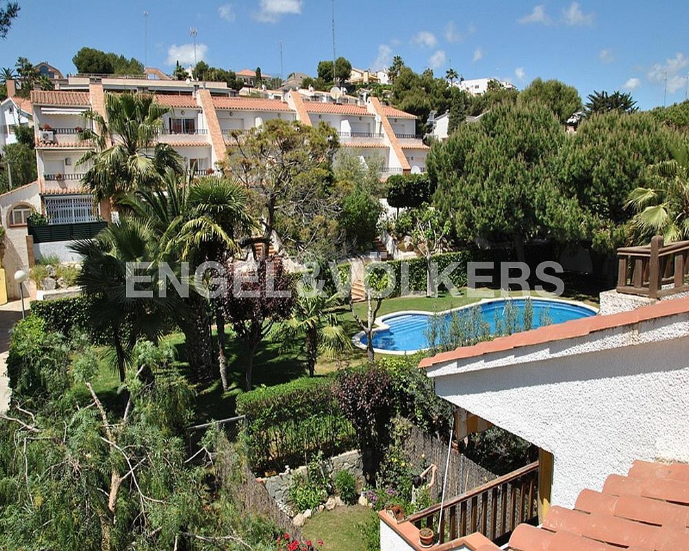 Casa adosada en alquiler en Vallpineda en Sant Pere de Ribes - 330135858
