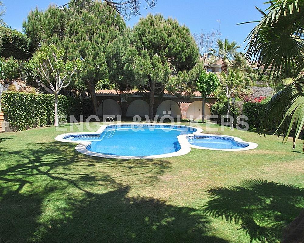 Casa adosada en alquiler en Vallpineda en Sant Pere de Ribes - 330135893