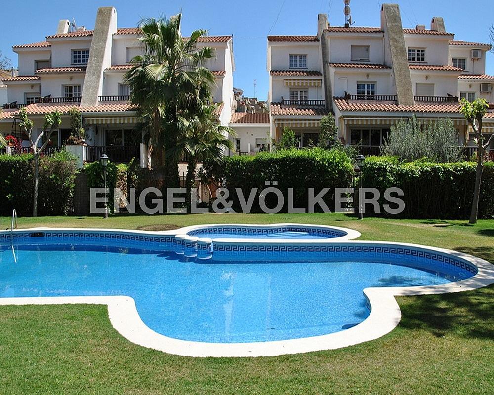 Casa adosada en alquiler en Vallpineda en Sant Pere de Ribes - 330135896