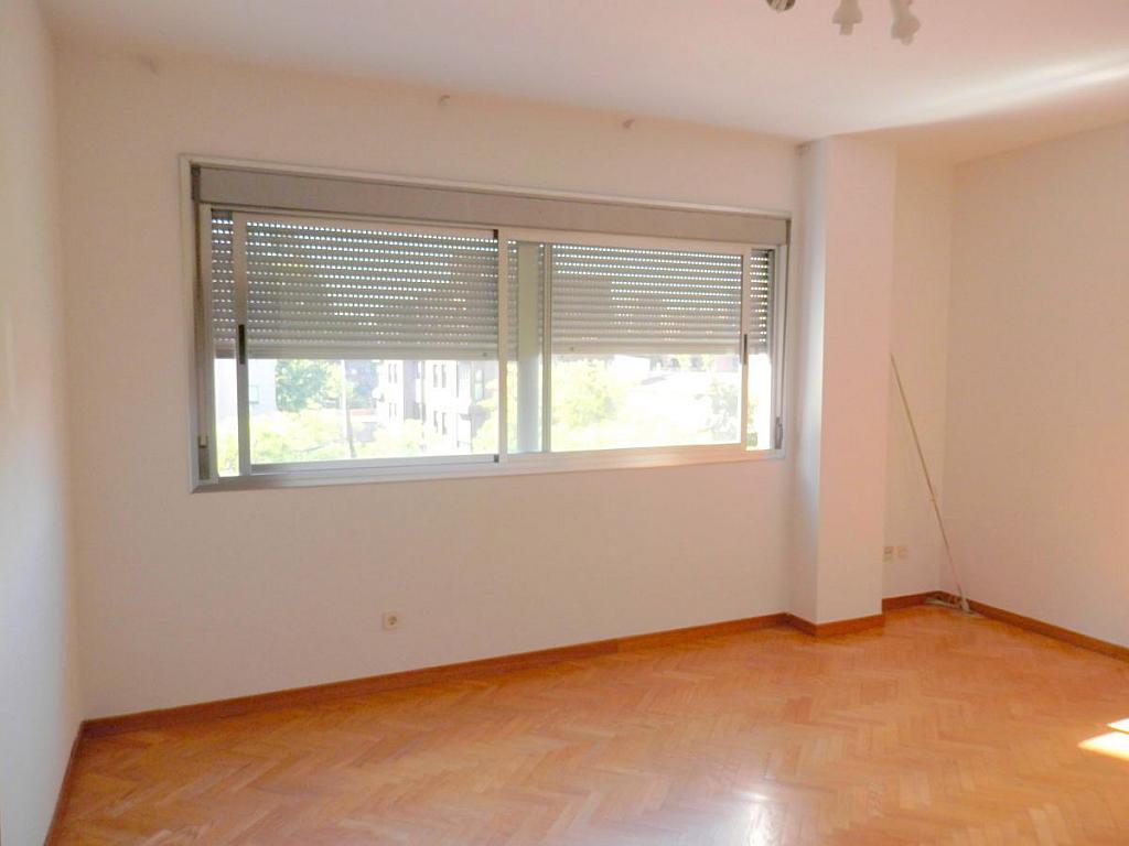 Foto 2 - Piso en alquiler en calle Sanchez Díaz, Ciudad lineal en Madrid - 328218712