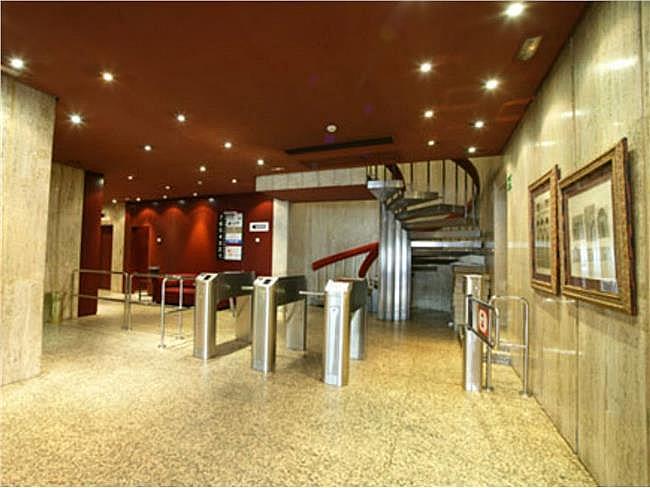Oficina en alquiler en Chamberí en Madrid - 323343711