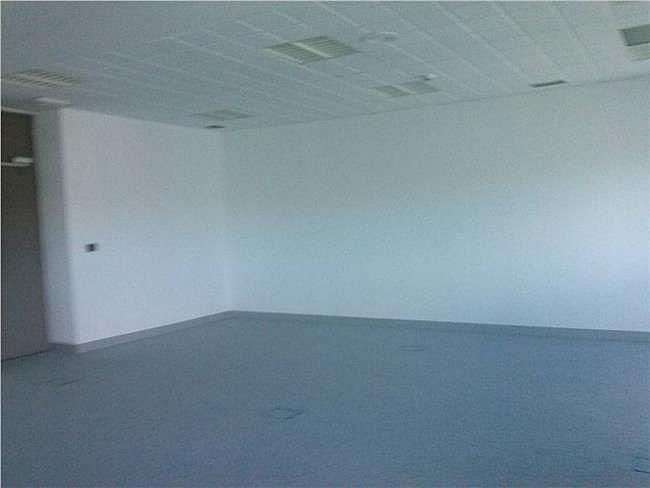 Oficina en alquiler en calle De Asturias, Tetuán en Madrid - 323345394