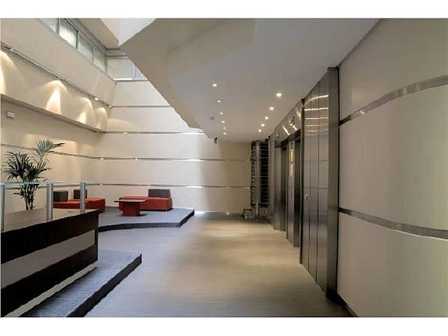 Oficina en alquiler en plaza Carlos Trías Bertrán, Tetuán en Madrid - 327902963