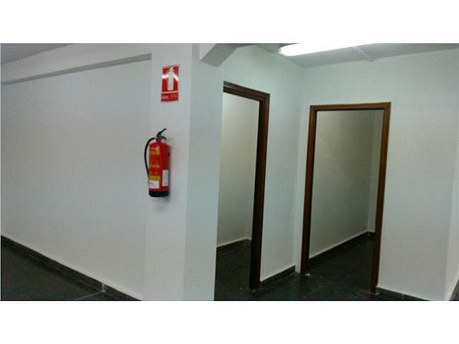 Oficina en alquiler en calle Pedro Díez, Carabanchel en Madrid - 327903071