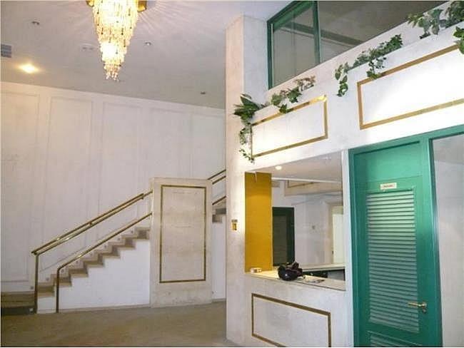 Local comercial en alquiler en calle Zurbano, Chamberí en Madrid - 330352343