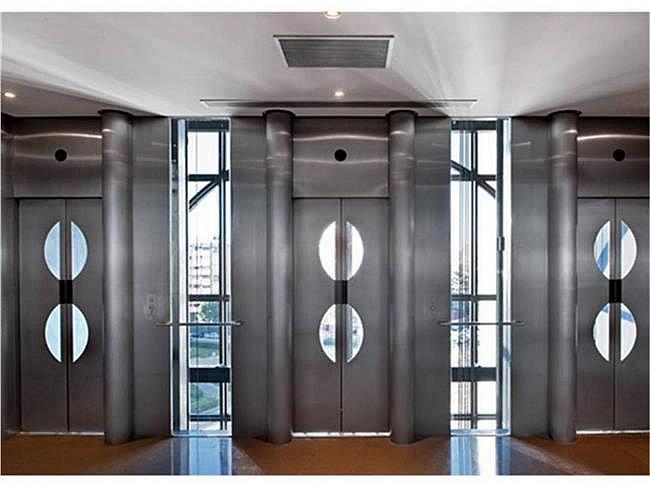 Oficina en alquiler en calle Avenida de Burgos, Chamartín en Madrid - 330685440