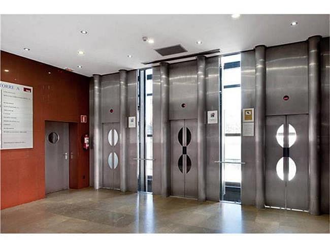 Oficina en alquiler en calle Avenida de Burgos, Chamartín en Madrid - 330685443