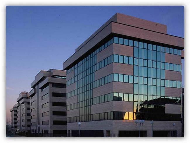Oficina en alquiler en Barajas en Madrid - 345069828