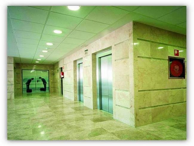 Oficina en alquiler en Barajas en Madrid - 345069837