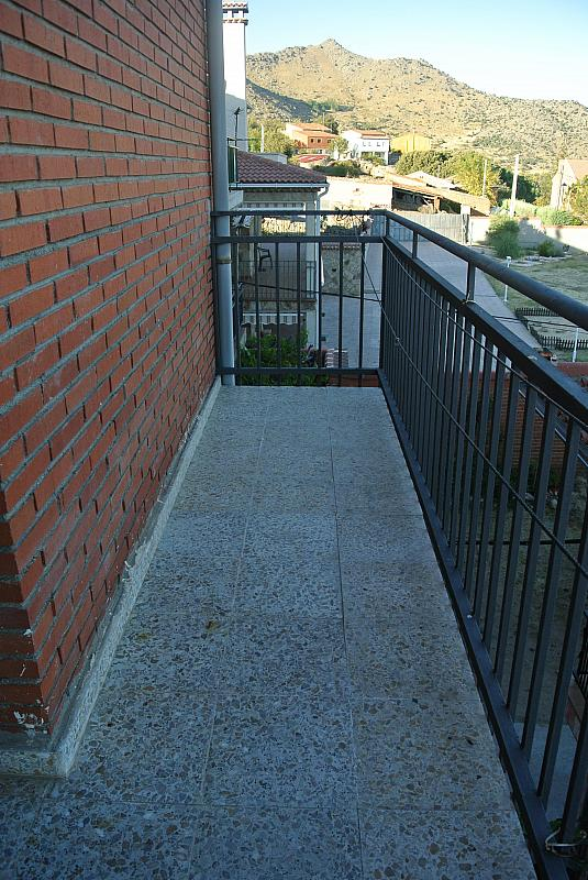Piso en alquiler en calle Berrocales, Navalmoral - 281924046
