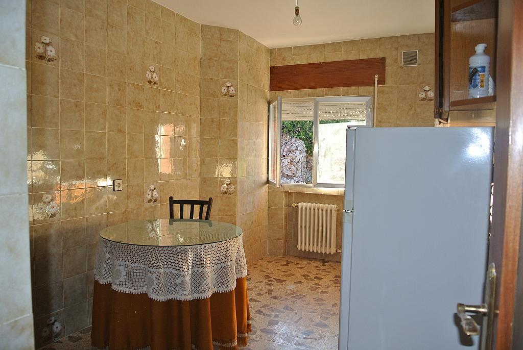 Piso en alquiler en calle Berrocales, Navalmoral - 281924812