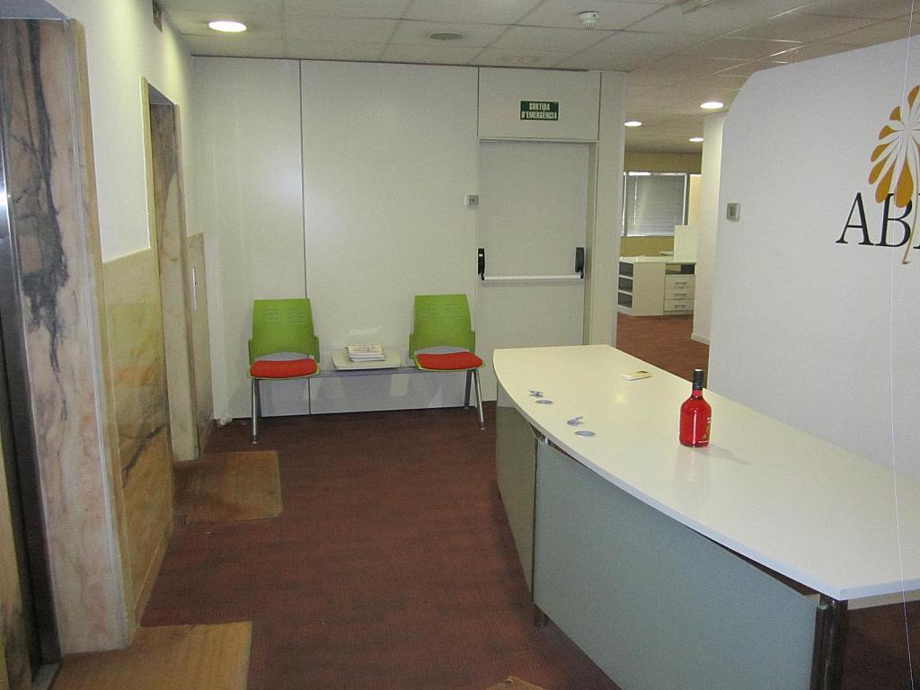 Oficina en alquiler en Eixample en Barcelona - 298211276