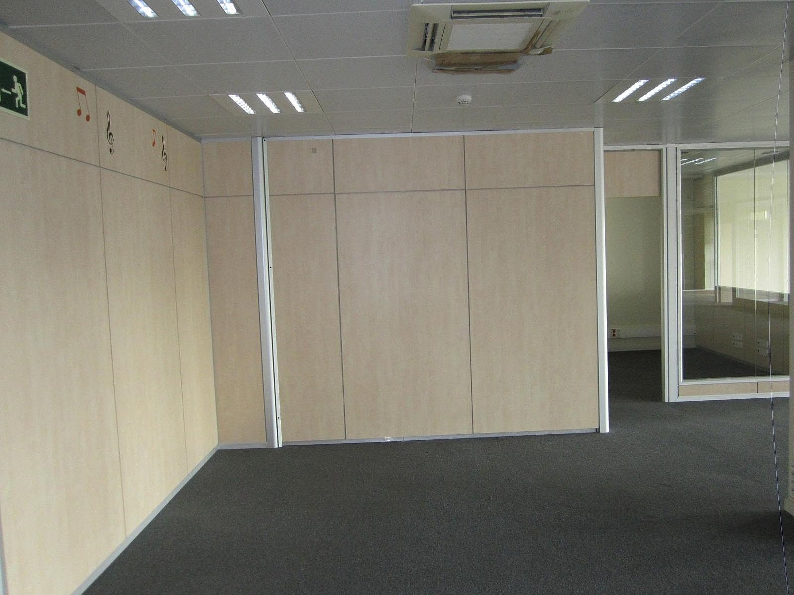 Oficina en alquiler en Eixample dreta en Barcelona - 320643036