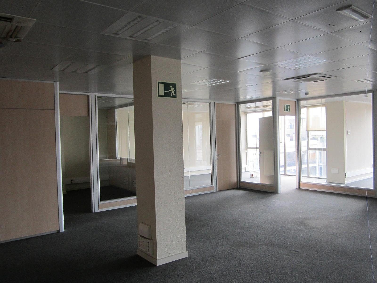 Oficina en alquiler en Eixample dreta en Barcelona - 320643045