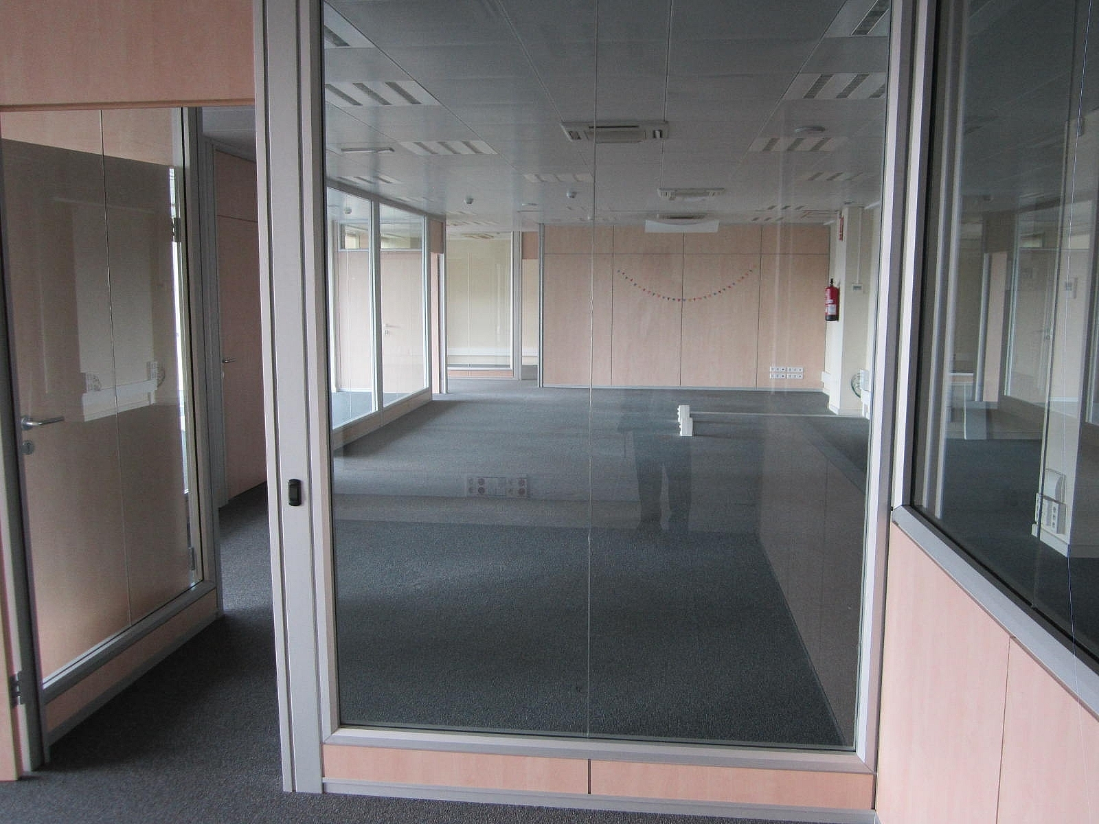 Oficina en alquiler en Eixample dreta en Barcelona - 320643069