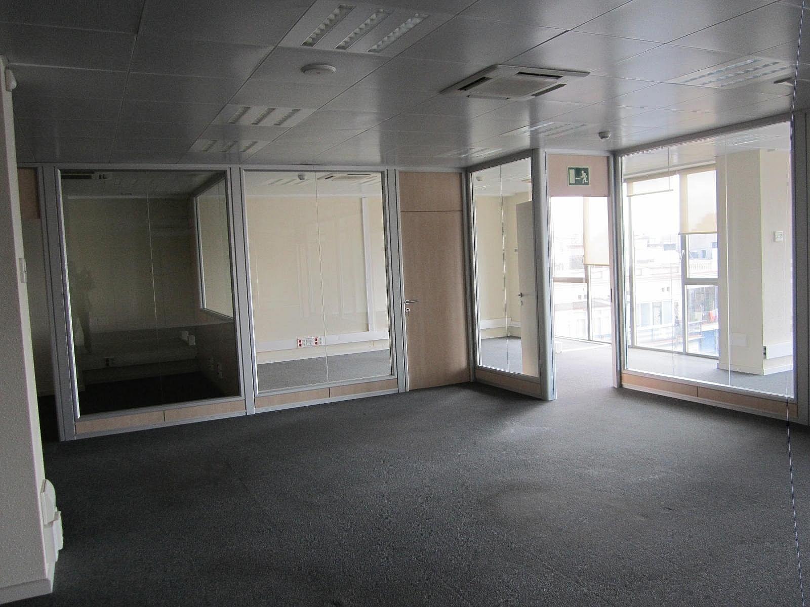 Oficina en alquiler en Eixample dreta en Barcelona - 320643072
