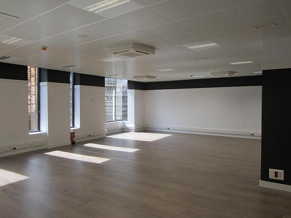 Oficina en alquiler en Eixample esquerra en Barcelona - 316376263