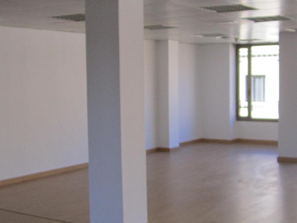 Oficina en alquiler en Eixample esquerra en Barcelona - 358375872