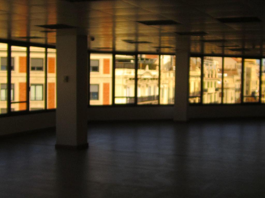 Oficina en alquiler en Eixample esquerra en Barcelona - 358375875
