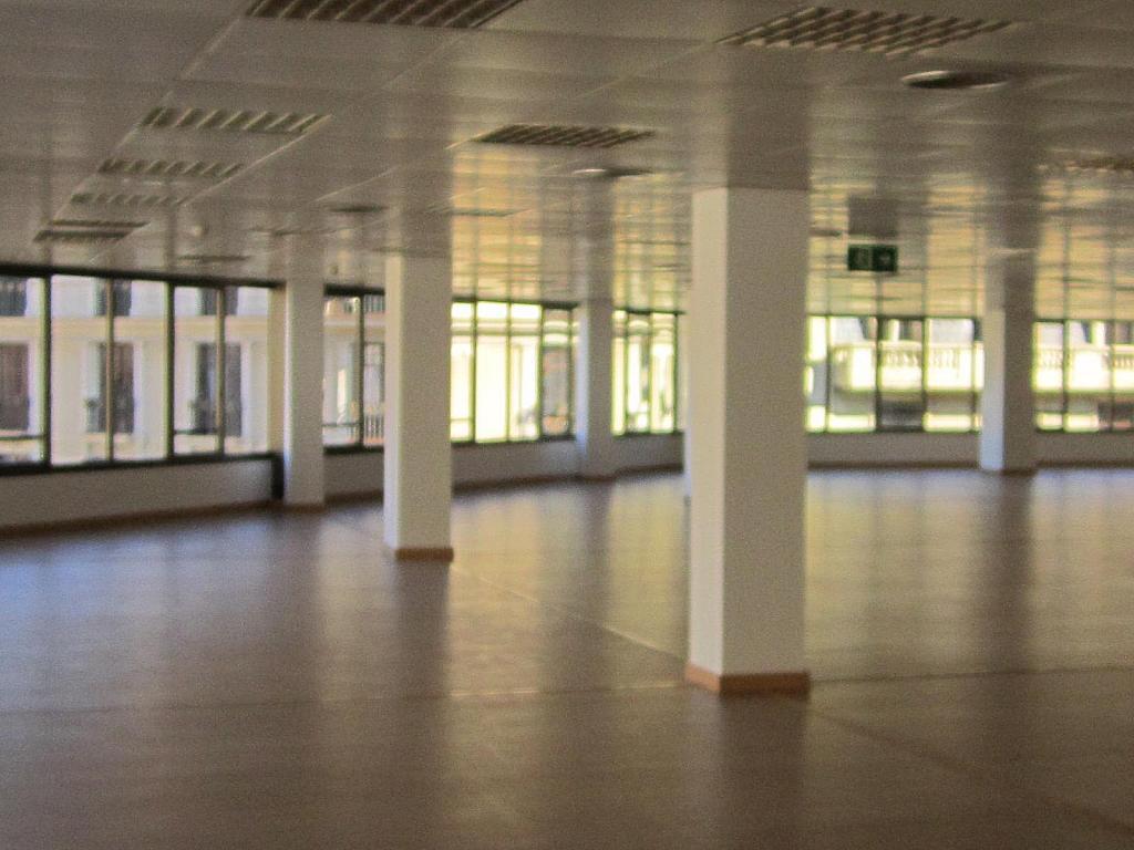 Oficina en alquiler en Eixample esquerra en Barcelona - 358375878