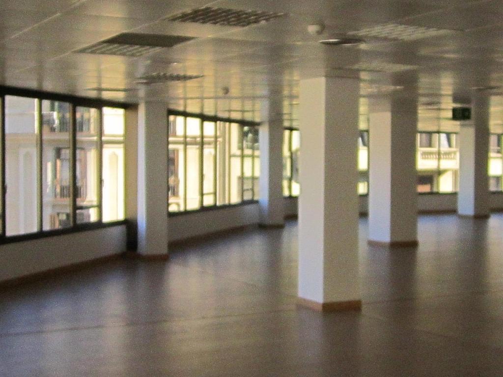 Oficina en alquiler en Eixample esquerra en Barcelona - 358375884