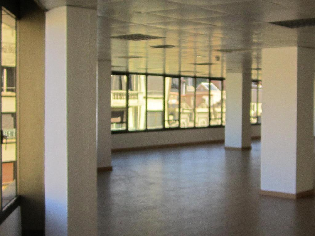 Oficina en alquiler en Eixample esquerra en Barcelona - 358375893