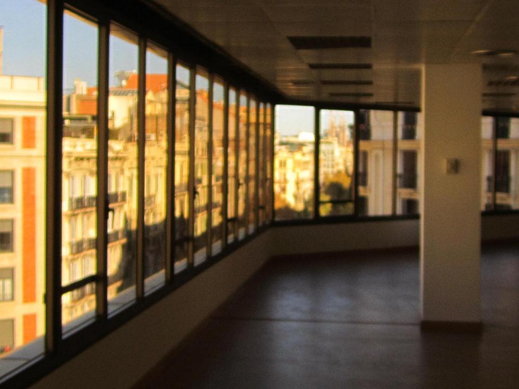 Oficina en alquiler en Eixample esquerra en Barcelona - 358375902