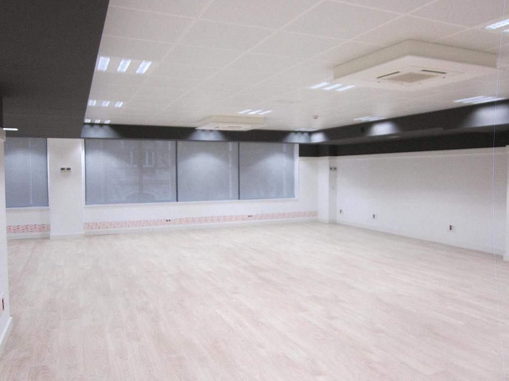 Oficina en alquiler en Eixample dreta en Barcelona - 330743779
