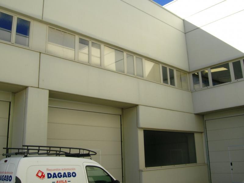 Fachada - Nave industrial en alquiler en calle Rio Cea, Las Hervencias en Ávila - 76428385