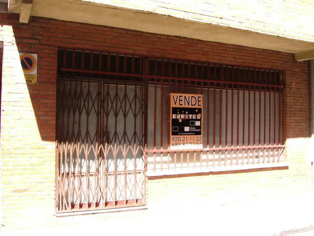 Fachada - Local comercial en alquiler en calle Valle Ambles, Ávila - 89767248