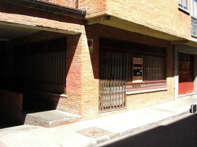 Fachada - Local comercial en alquiler en calle Valle Ambles, Ávila - 89767250