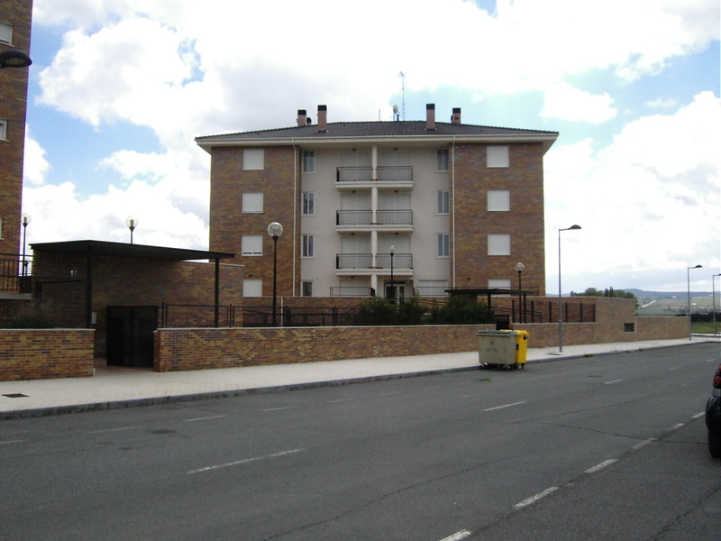Fachada - Piso en alquiler en calle Antonio Vivaldi, Ávila - 118131679