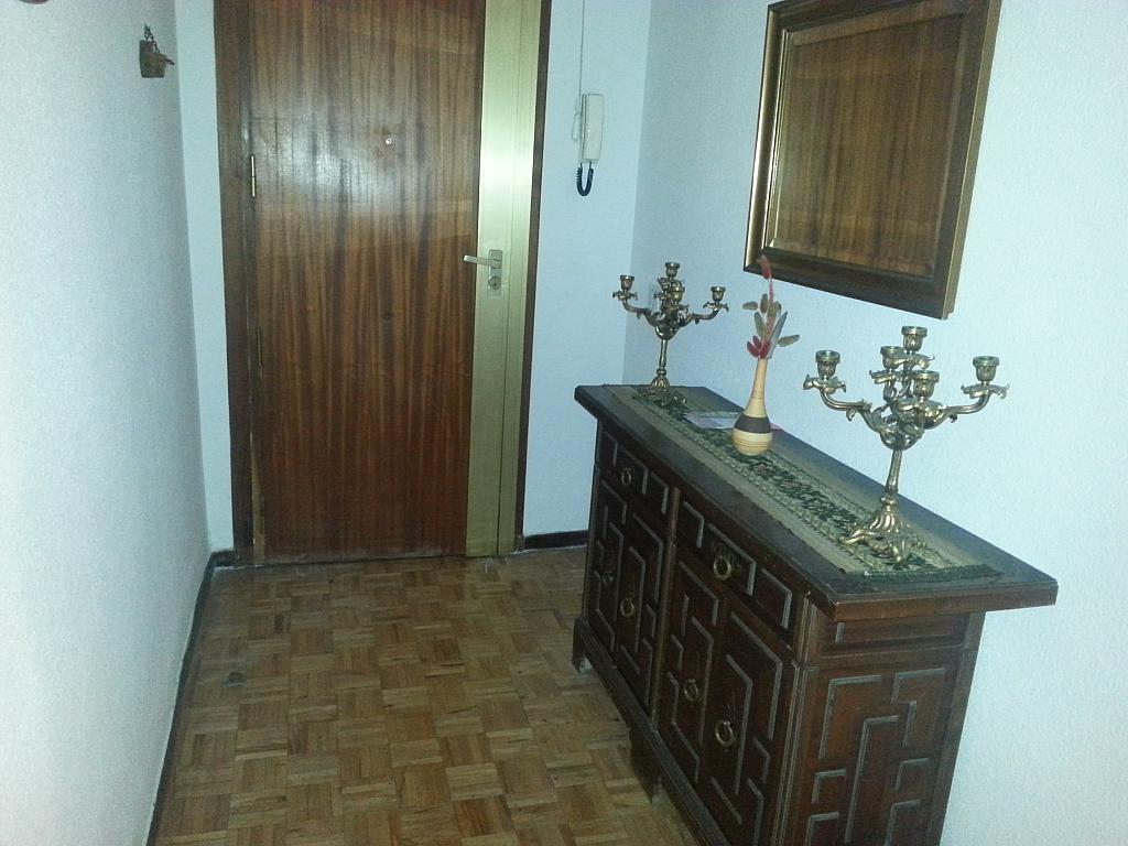 Vestíbulo - Piso en alquiler en calle Reina Isabel, Ávila - 127830537