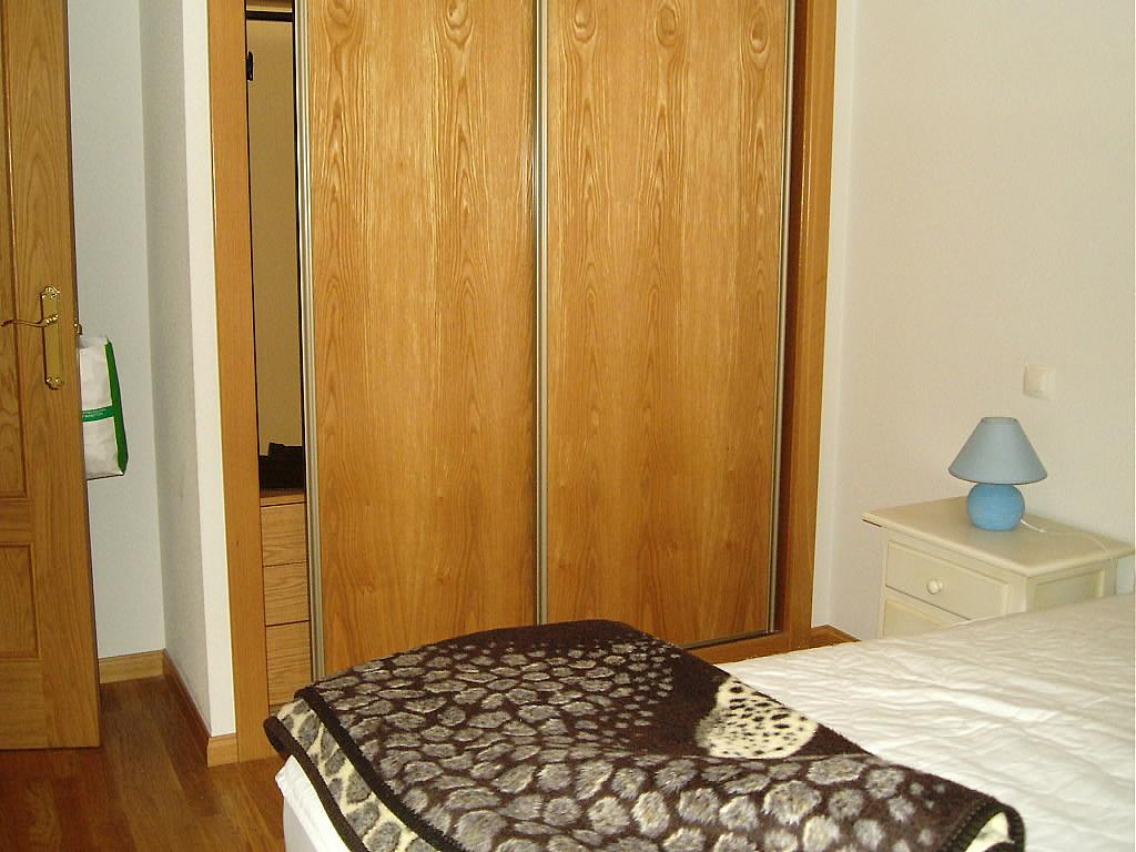 Dormitorio - Apartamento en alquiler en calle Agustin Rodriguez Sahagún, Ávila - 157850381