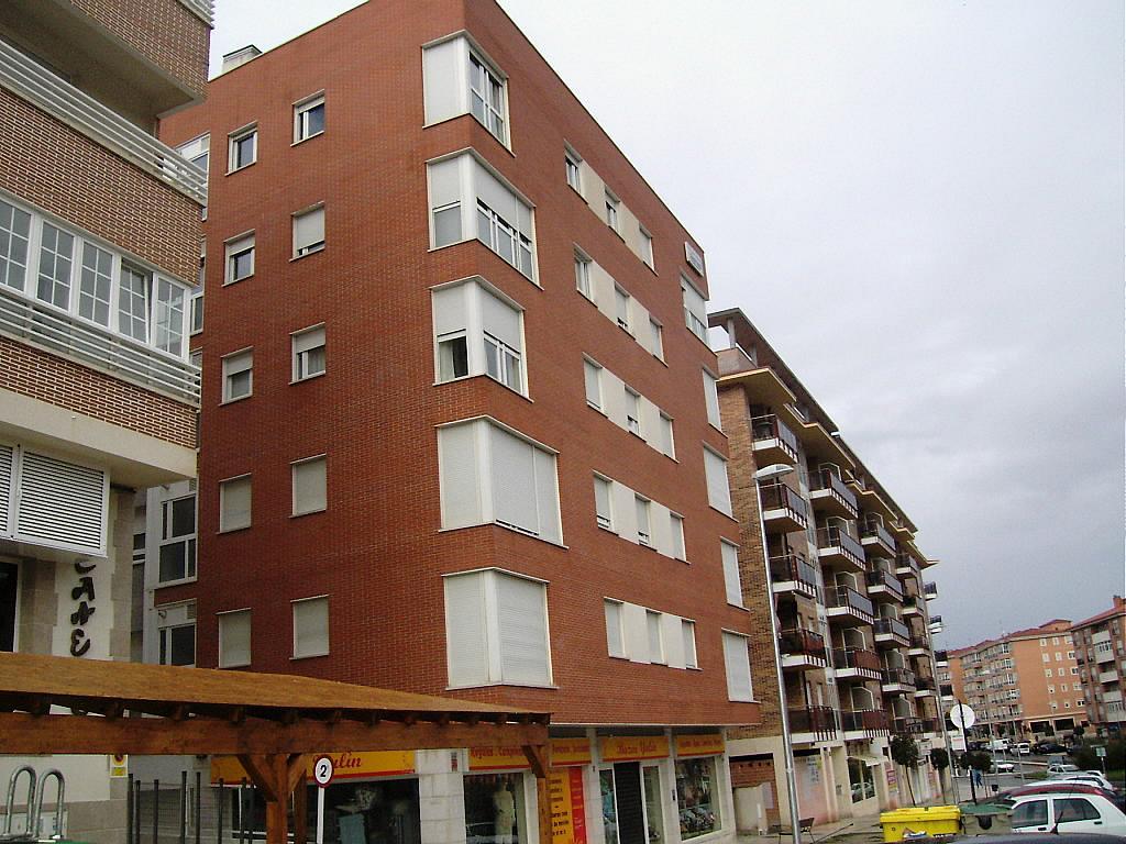 Fachada - Apartamento en alquiler en calle Agustin Rodriguez Sahagún, Ávila - 157850395