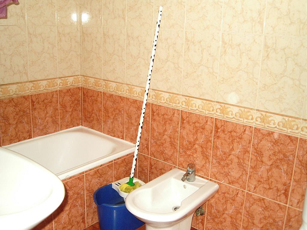 Baño - Apartamento en alquiler en calle Francisco Gallego, Ávila - 173629996