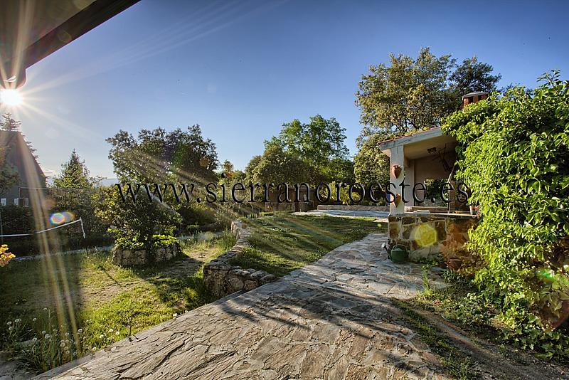 Chalet en alquiler en Torrelodones - 292419180