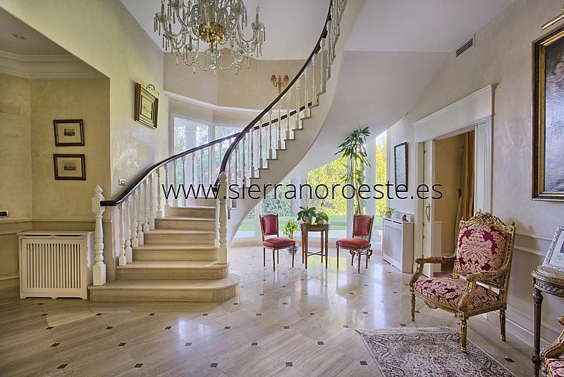 Piso en alquiler en Fuentelarreina en Madrid - 219329398